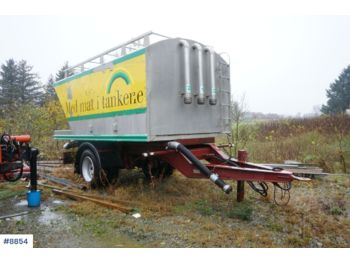 Istrail 1 axle power feed / bulk trailer with tipp, approx 16 m3. Repair object - damperli römork